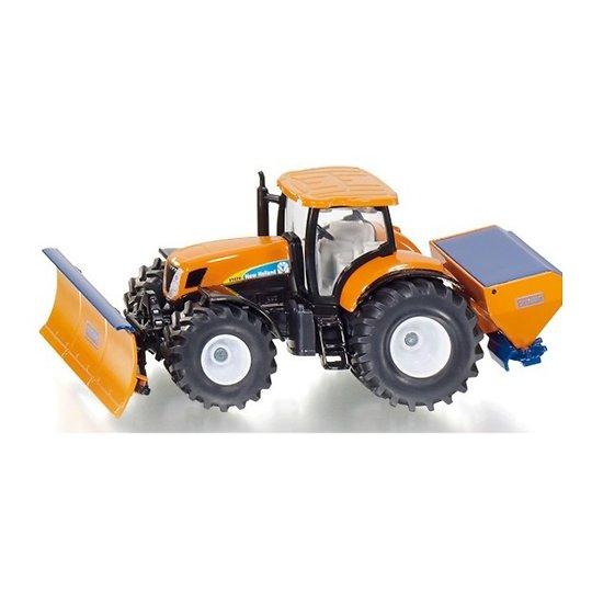 Traktor koos adra ja laoturiga